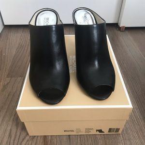 Michael Kors Shaw mule black leather heal size 9.5